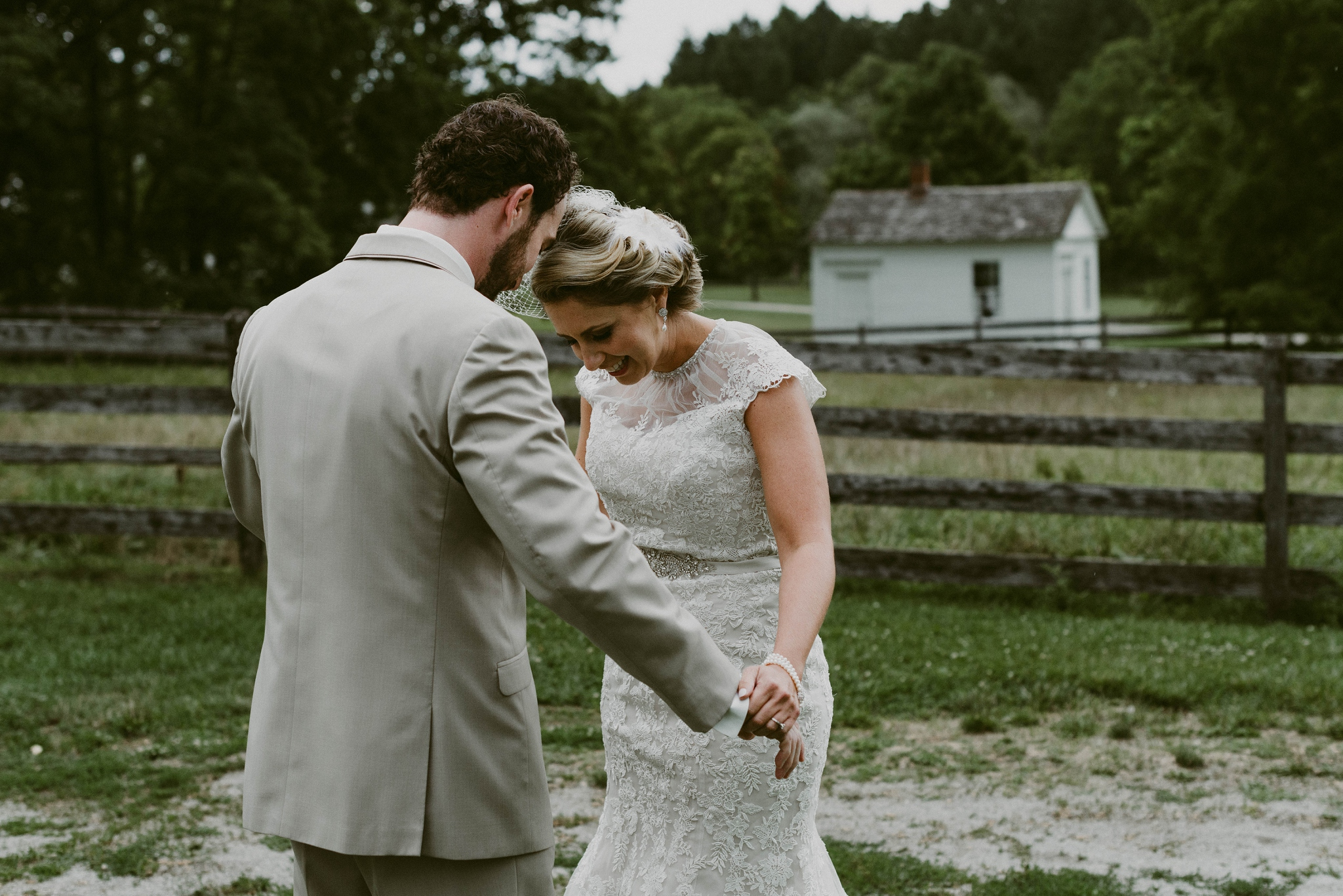 Hines-Hill-Farm-Cuyahoga-Valley-National-Park-Wedding_Emi+Andy_MJPHOTO-80.jpg