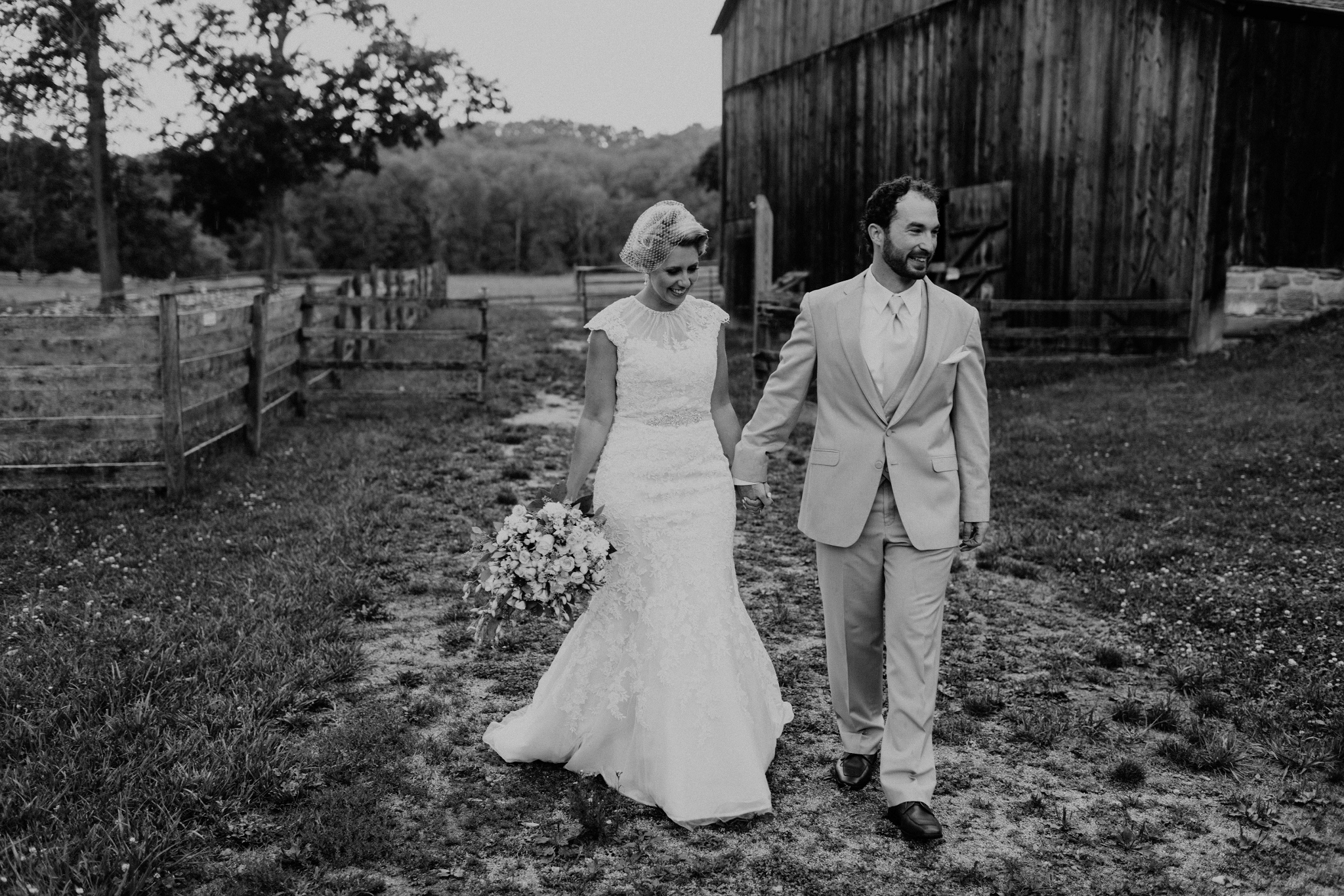 Hines-Hill-Farm-Cuyahoga-Valley-National-Park-Wedding_Emi+Andy_MJPHOTO-115.jpg