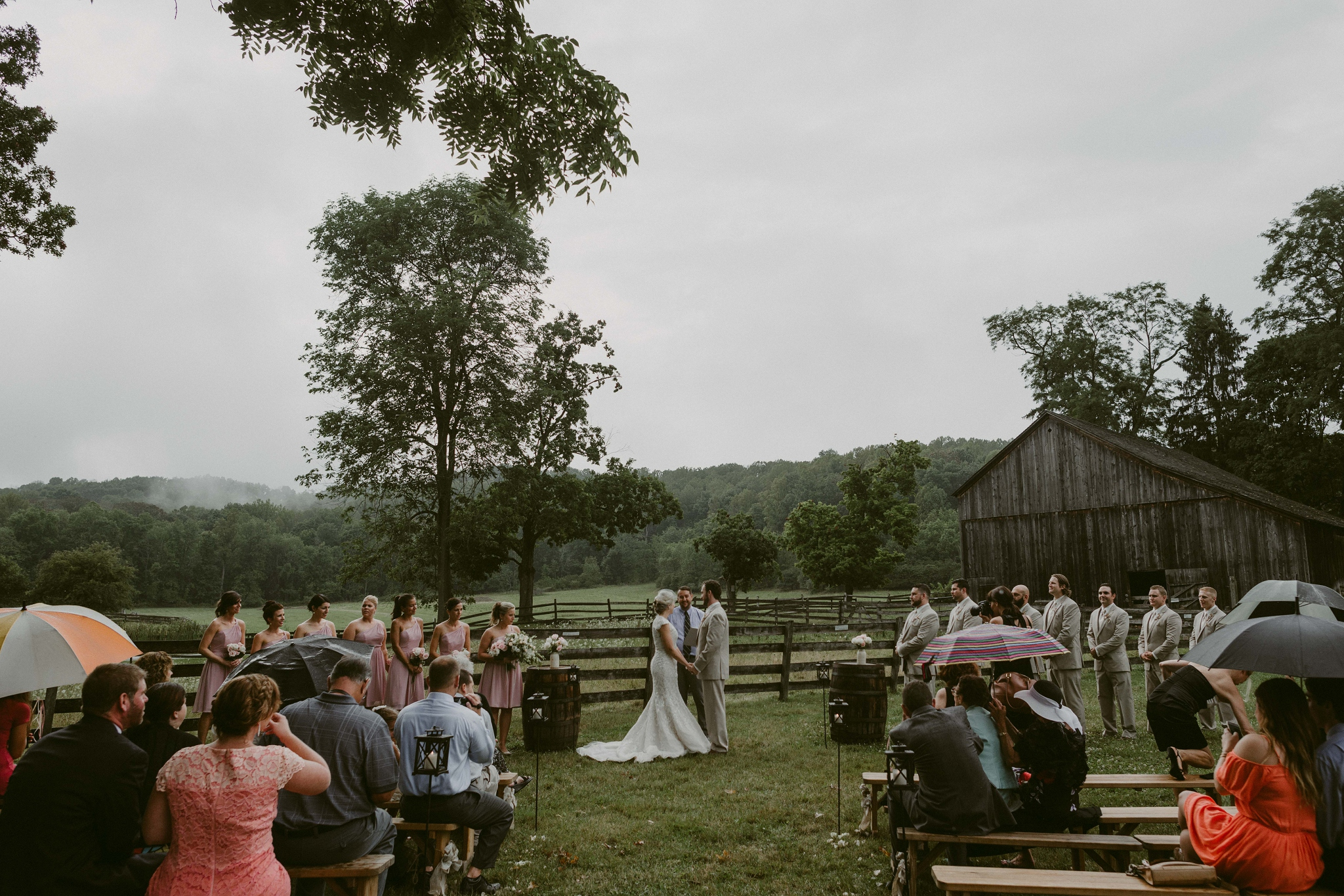 Hines-Hill-Farm-Cuyahoga-Valley-National-Park-Wedding_Emi+Andy_MJPHOTO-480.jpg