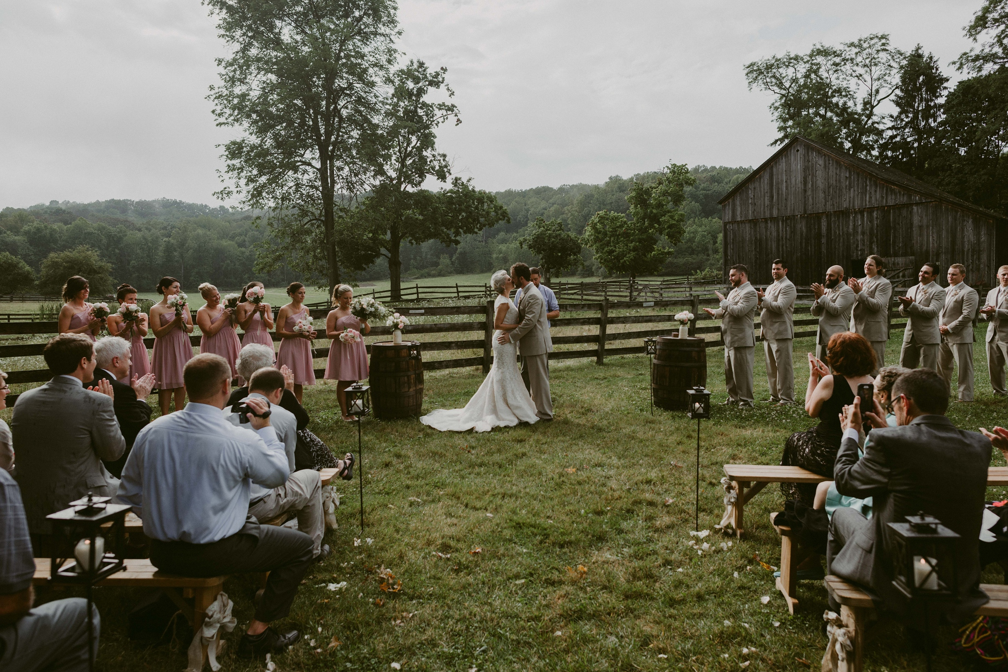 Hines-Hill-Farm-Cuyahoga-Valley-National-Park-Wedding_Emi+Andy_MJPHOTO-513.jpg