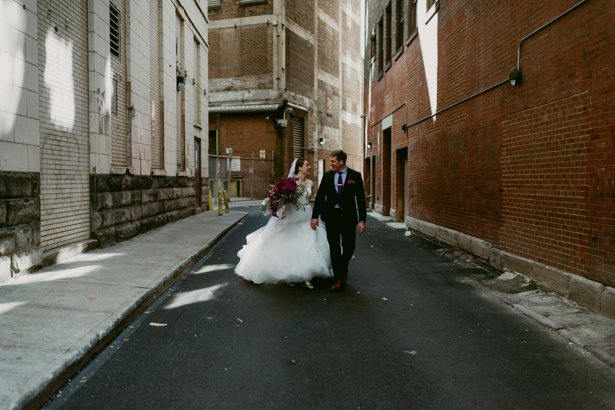 Romantic-Industrial-Warehouse-Wedding_Mallory+Justin-Photographers_0175.jpg