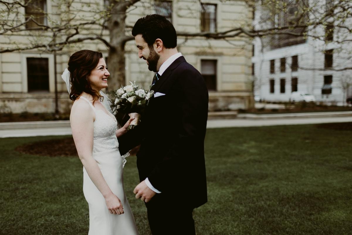 Rachel+Michael_Lake-Erie-Building-Cleveland-Wedding_M+J-Photographers-77.jpg