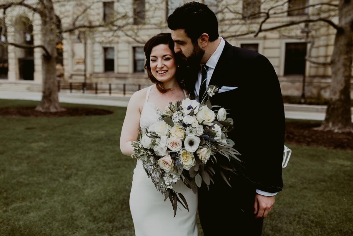 Rachel+Michael_Lake-Erie-Building-Cleveland-Wedding_M+J-Photographers-89.jpg