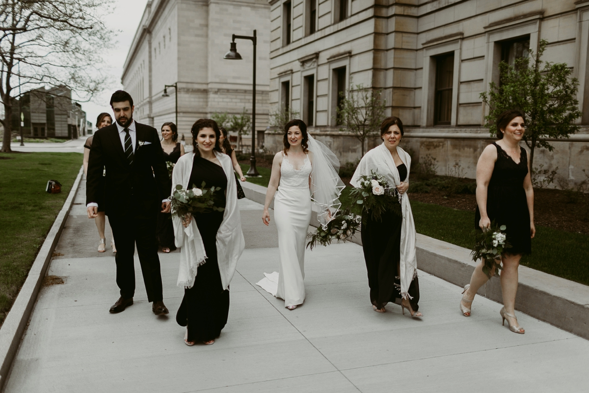 Rachel+Michael_Lake-Erie-Building-Cleveland-Wedding_M+J-Photographers-160.jpg
