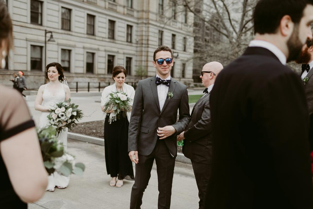 Rachel+Michael_Lake-Erie-Building-Cleveland-Wedding_M+J-Photographers-166.jpg