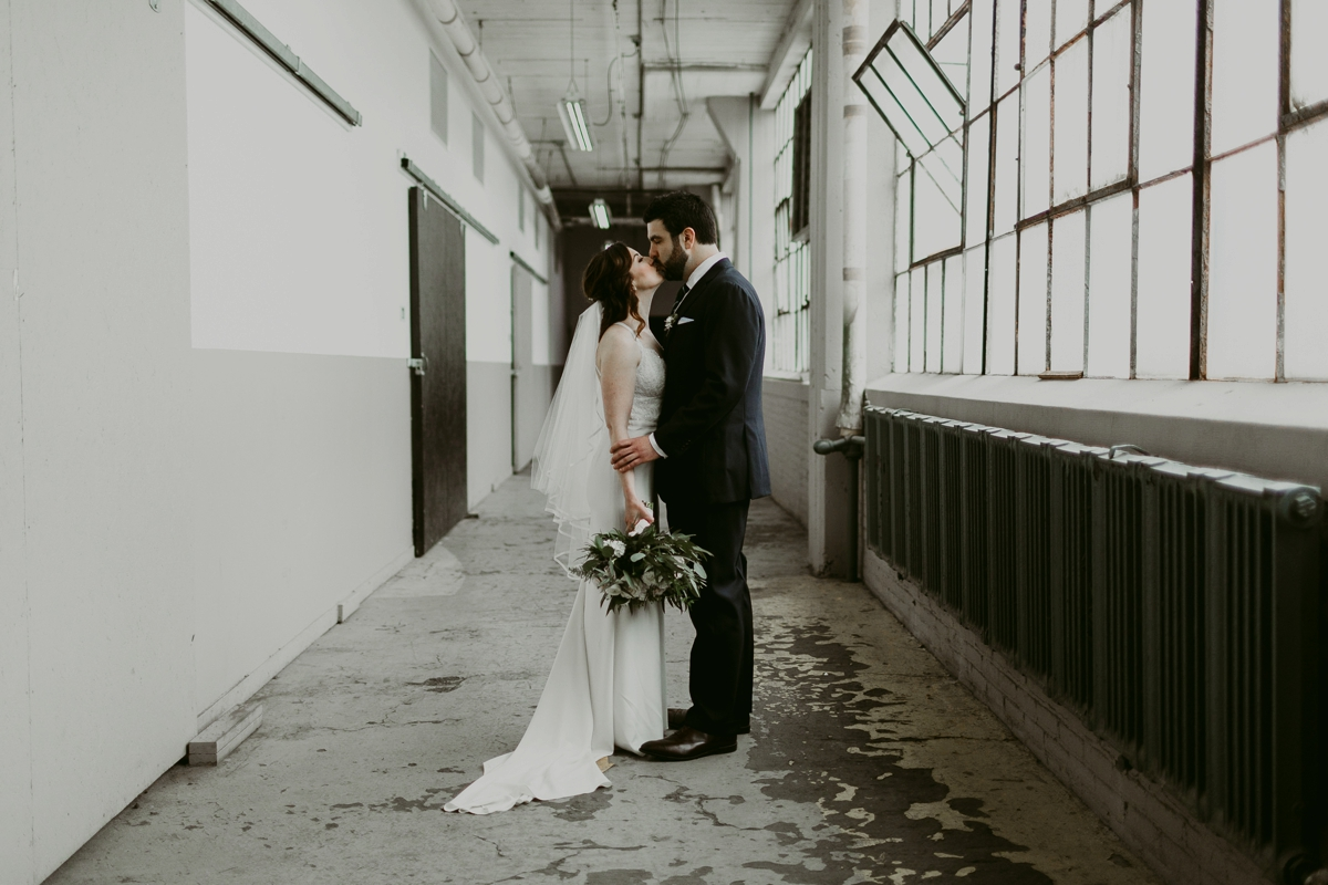 Rachel+Michael_Lake-Erie-Building-Cleveland-Wedding_M+J-Photographers-281.jpg