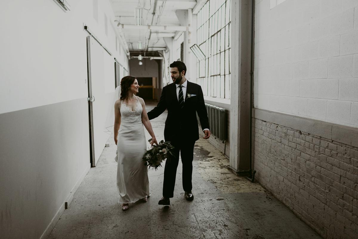 Rachel+Michael_Lake-Erie-Building-Cleveland-Wedding_M+J-Photographers-284.jpg