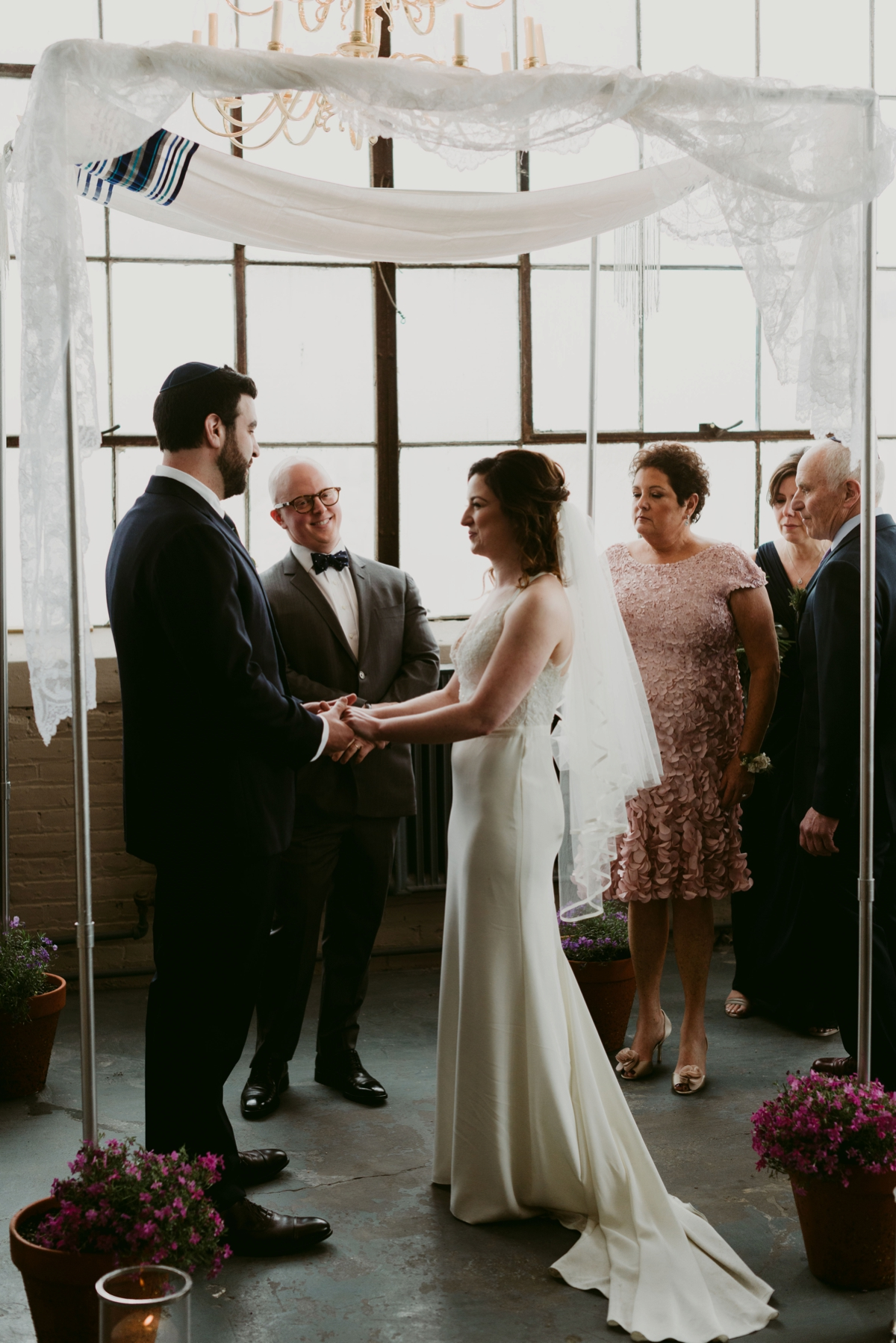 Rachel+Michael_Lake-Erie-Building-Cleveland-Wedding_M+J-Photographers-785.jpg