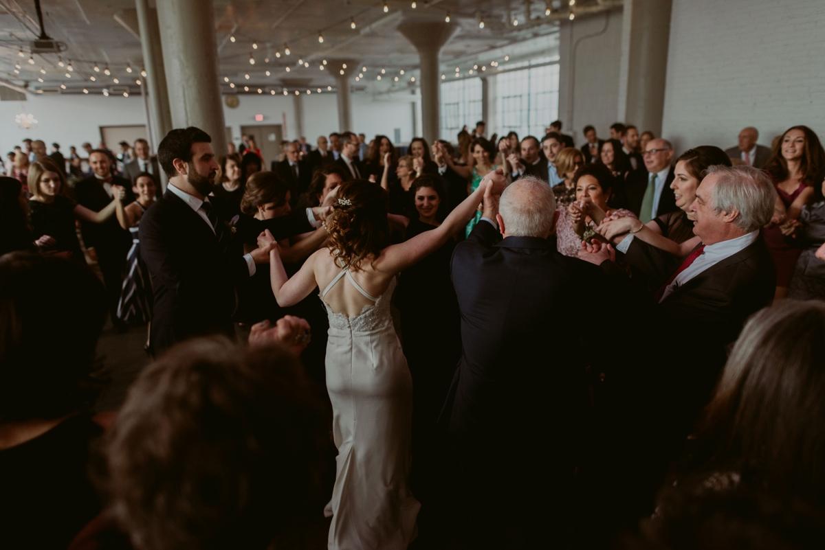 Rachel+Michael_Lake-Erie-Building-Cleveland-Wedding_M+J-Photographers-865.jpg