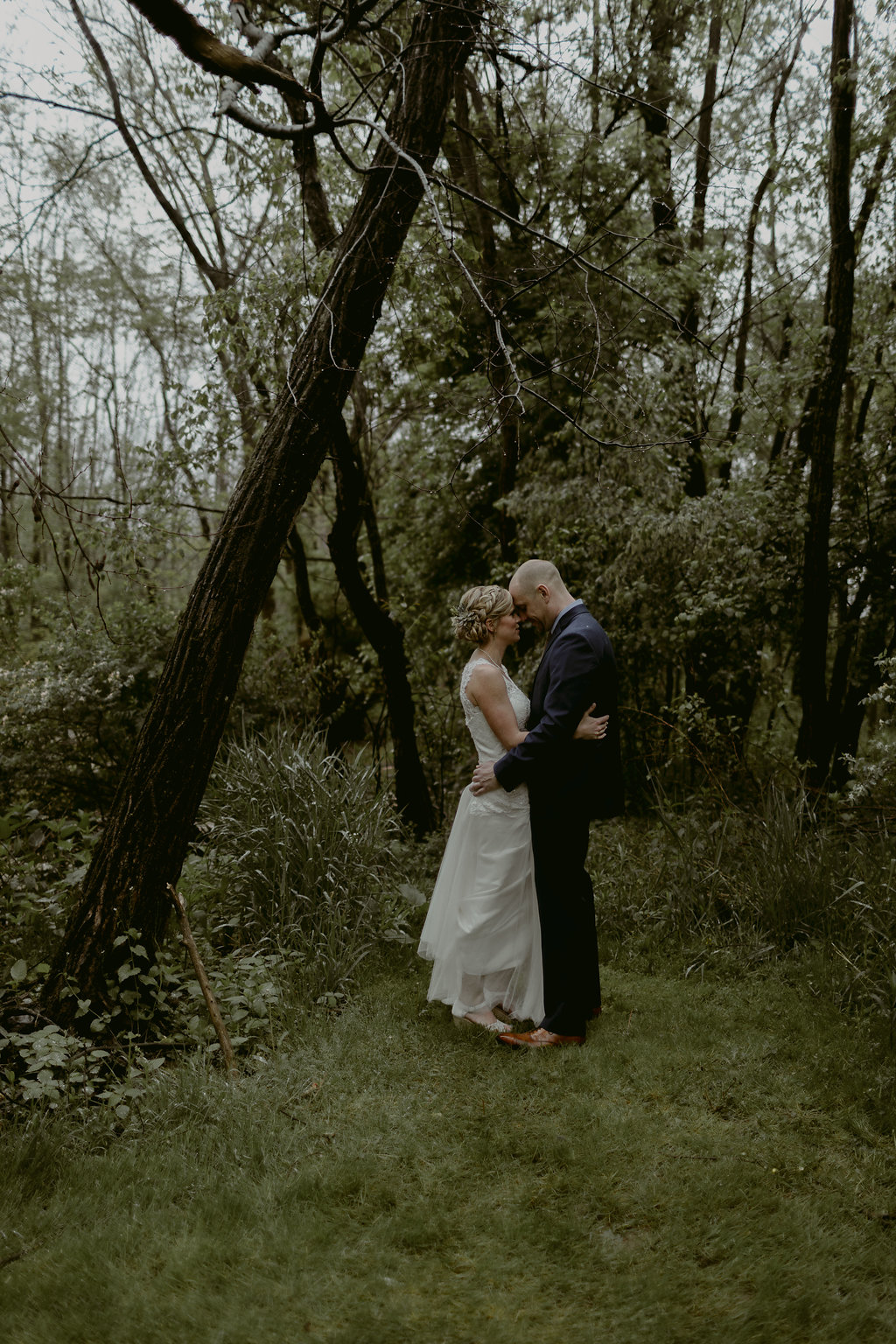 Mandy&Wade-Ohio-Barn-Wedding_MJPHOTO-226.jpg