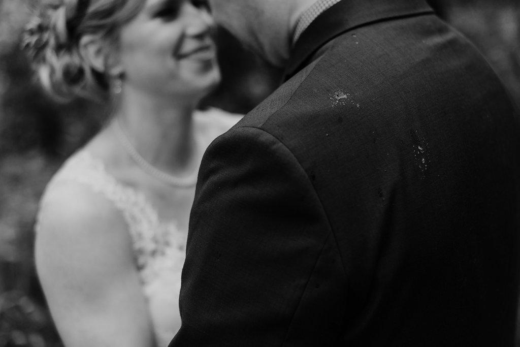 Mandy&Wade-Ohio-Barn-Wedding_MJPHOTO-508.jpg