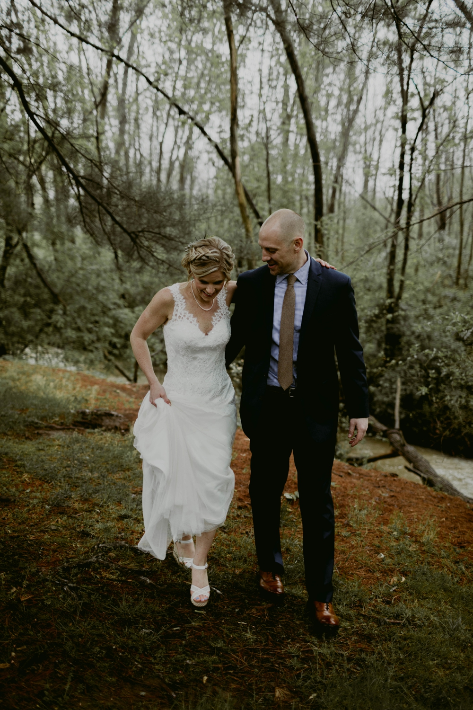Mandy&Wade-Ohio-Barn-Wedding_MJPHOTO-184.jpg