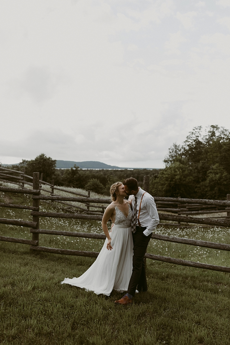 Michigan-Sand-Dunes-Wedding_Ashley+Zach-1019.jpg