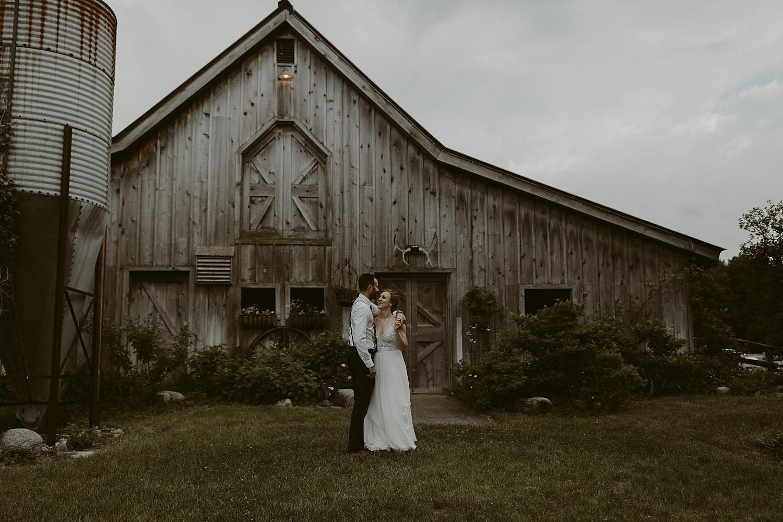 Michigan-Sand-Dunes-Wedding_Ashley+Zach-1045.jpg