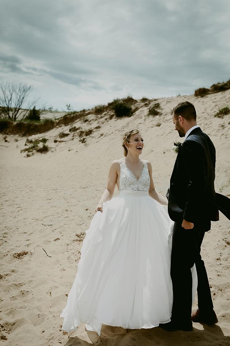 Michigan-Sand-Dunes-Wedding_Ashley+Zach-216.jpg