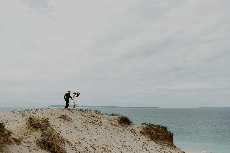 Michigan-Sand-Dunes-Wedding_Ashley+Zach-349.jpg