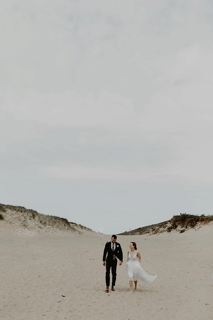 Michigan-Sand-Dunes-Wedding_Ashley+Zach-401.jpg