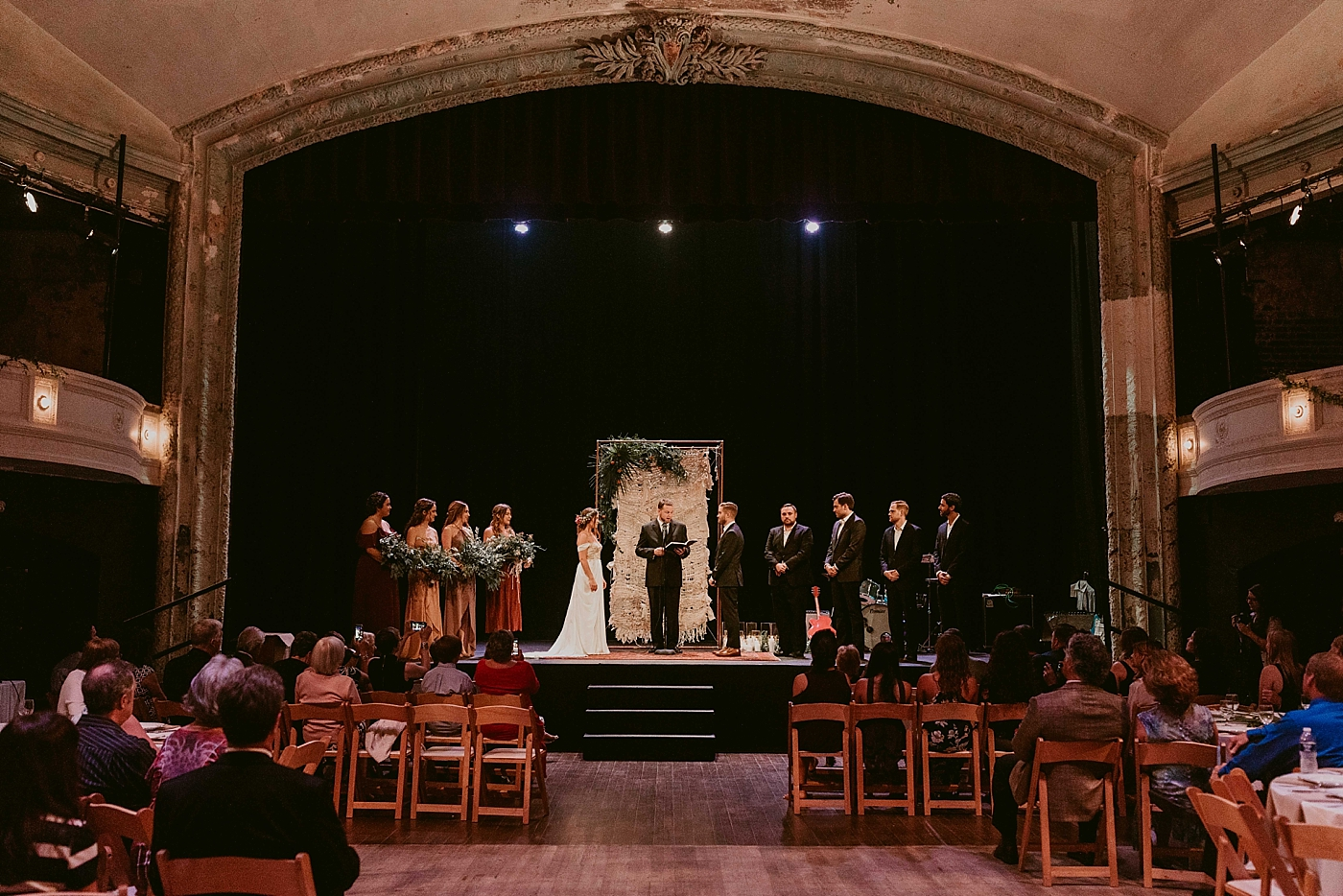 Woodland-Theater-Wedding-Molly+Ryan_MJPHOTO-391.jpg