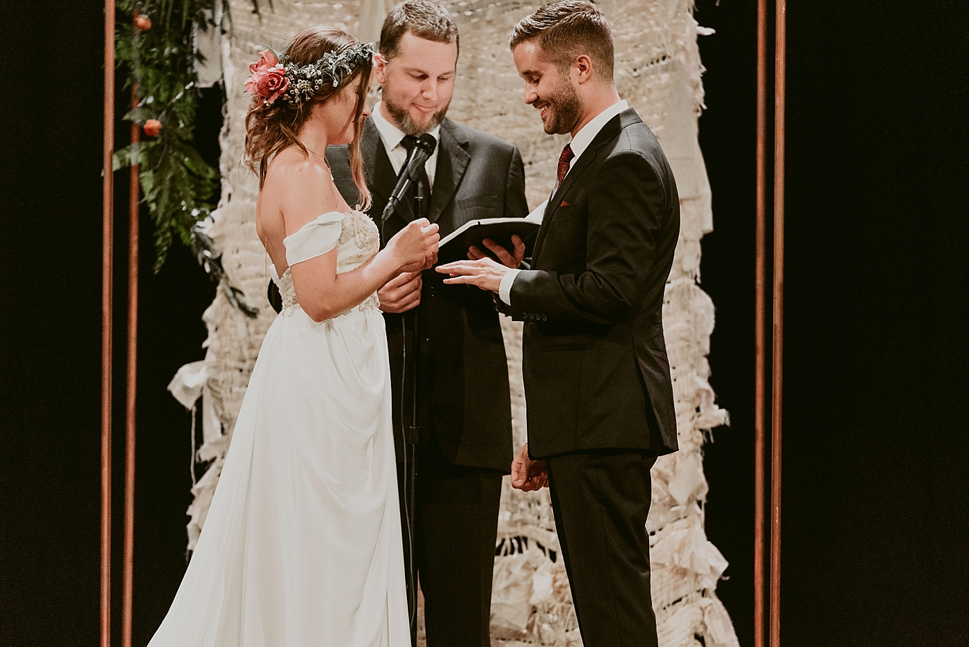 Woodland-Theater-Wedding-Molly+Ryan_MJPHOTO-436.jpg