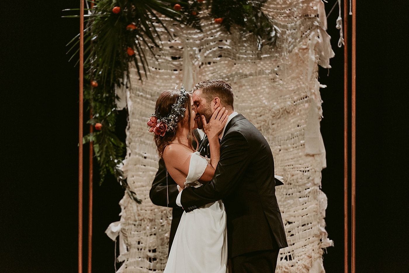 Woodland-Theater-Wedding-Molly+Ryan_MJPHOTO-447.jpg