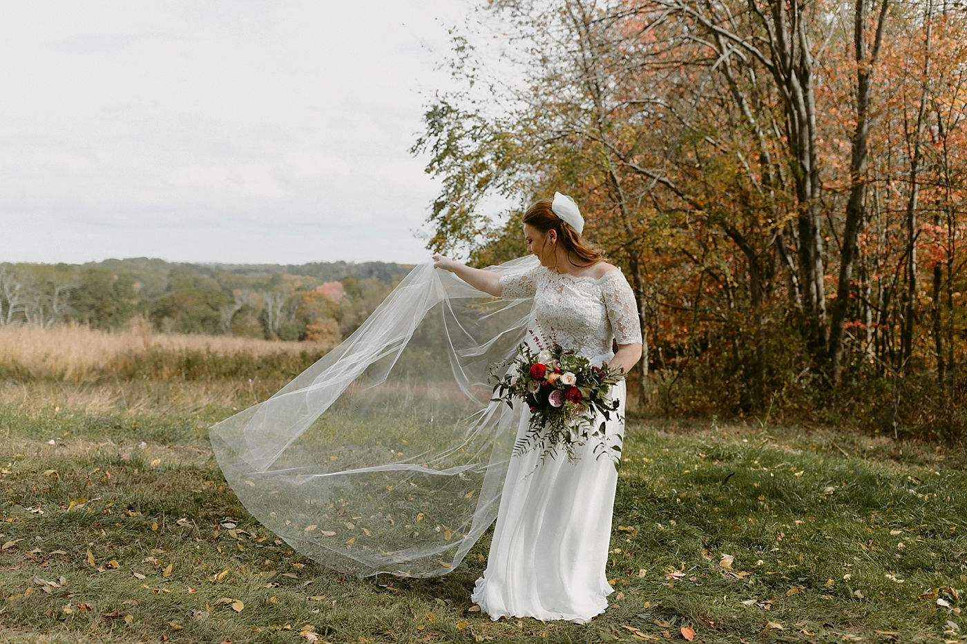 October-Backyard-Wedding_Rachel+Brian_MJPHOTO-316.jpg