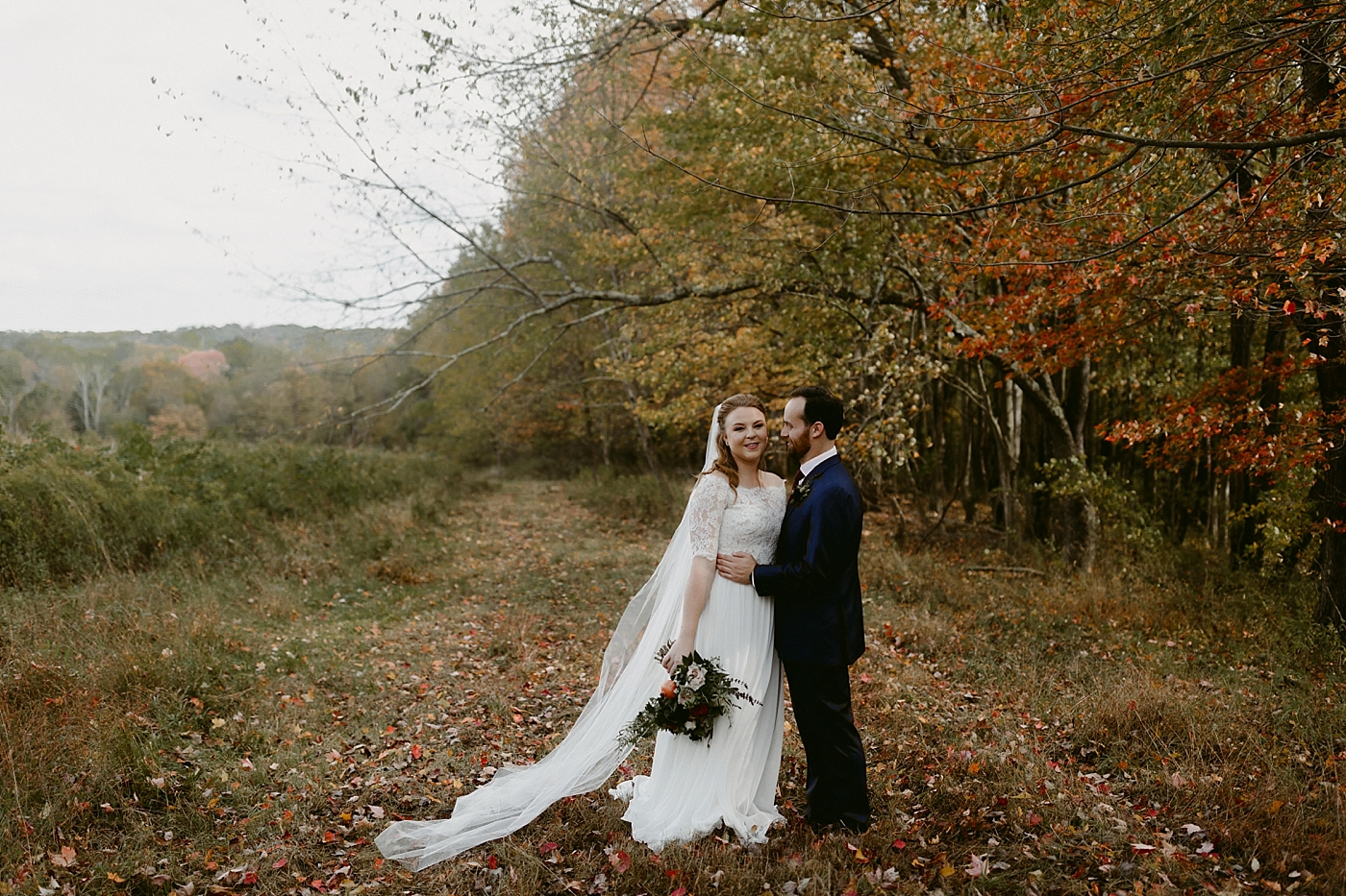 October-Backyard-Wedding_Rachel+Brian_MJPHOTO-355.jpg