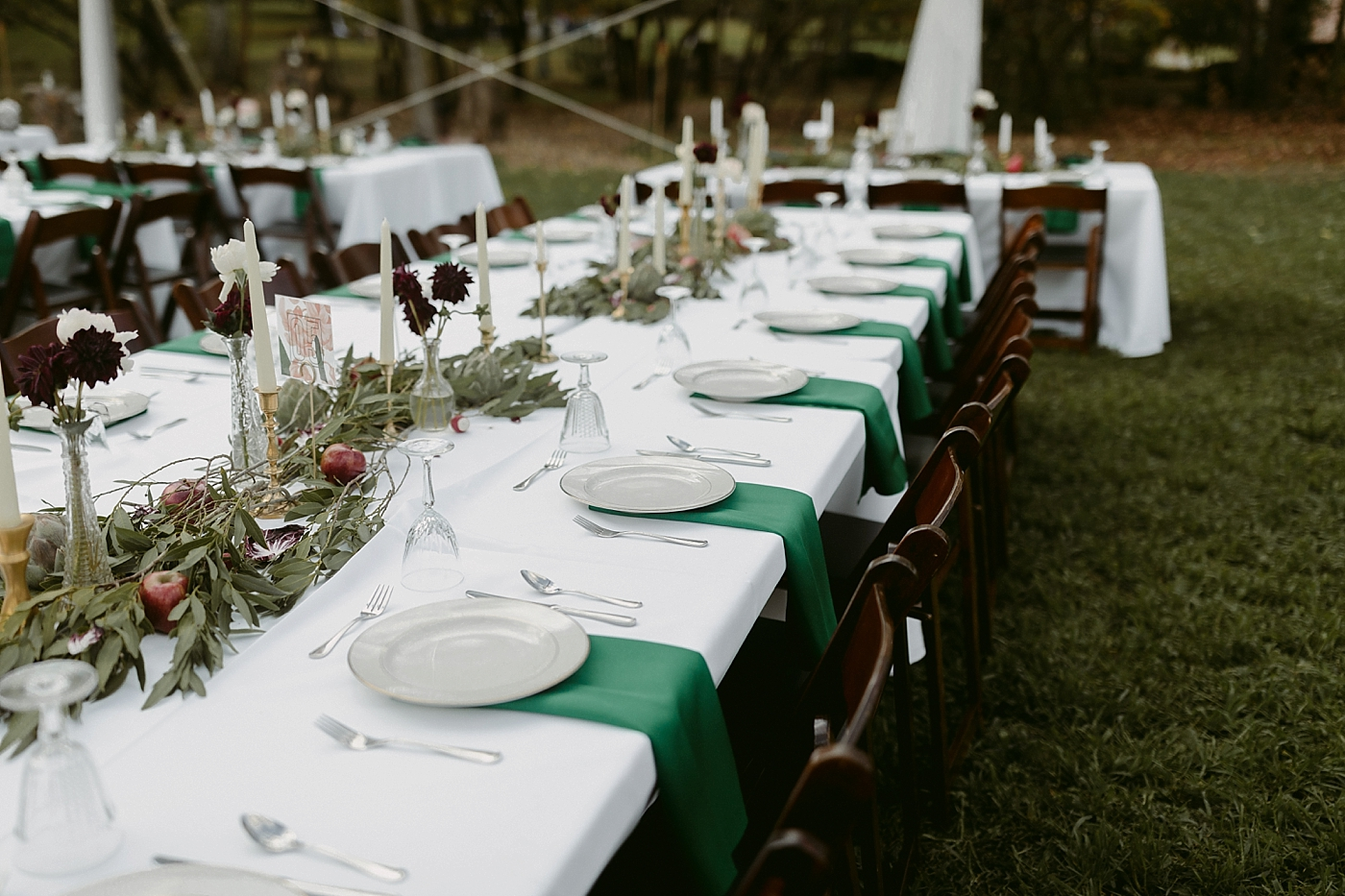 October-Backyard-Wedding_Rachel+Brian_MJPHOTO-506.jpg