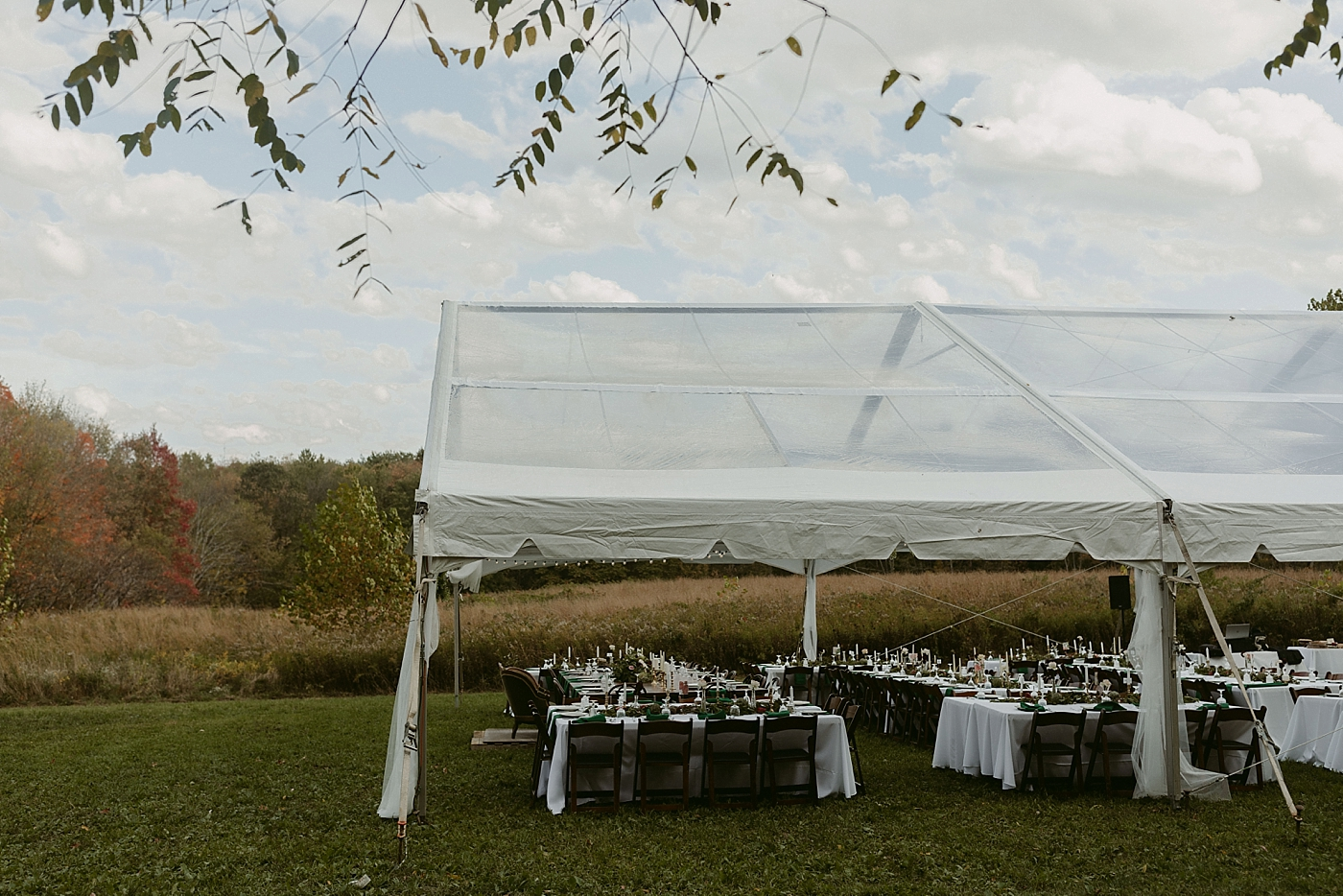 October-Backyard-Wedding_Rachel+Brian_MJPHOTO-542.jpg