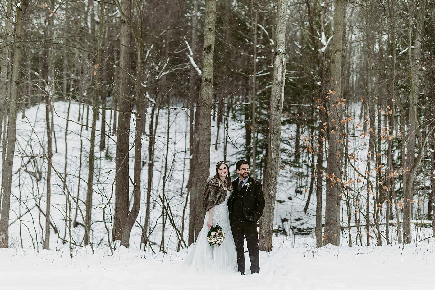 Winter-Squires-Castle-Wedding-James+Jessica_MJPHOTO2017-397.jpg