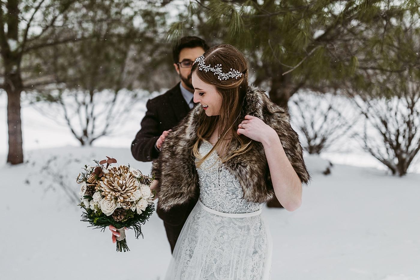 Winter-Squires-Castle-Wedding-James+Jessica_MJPHOTO2017-337.jpg
