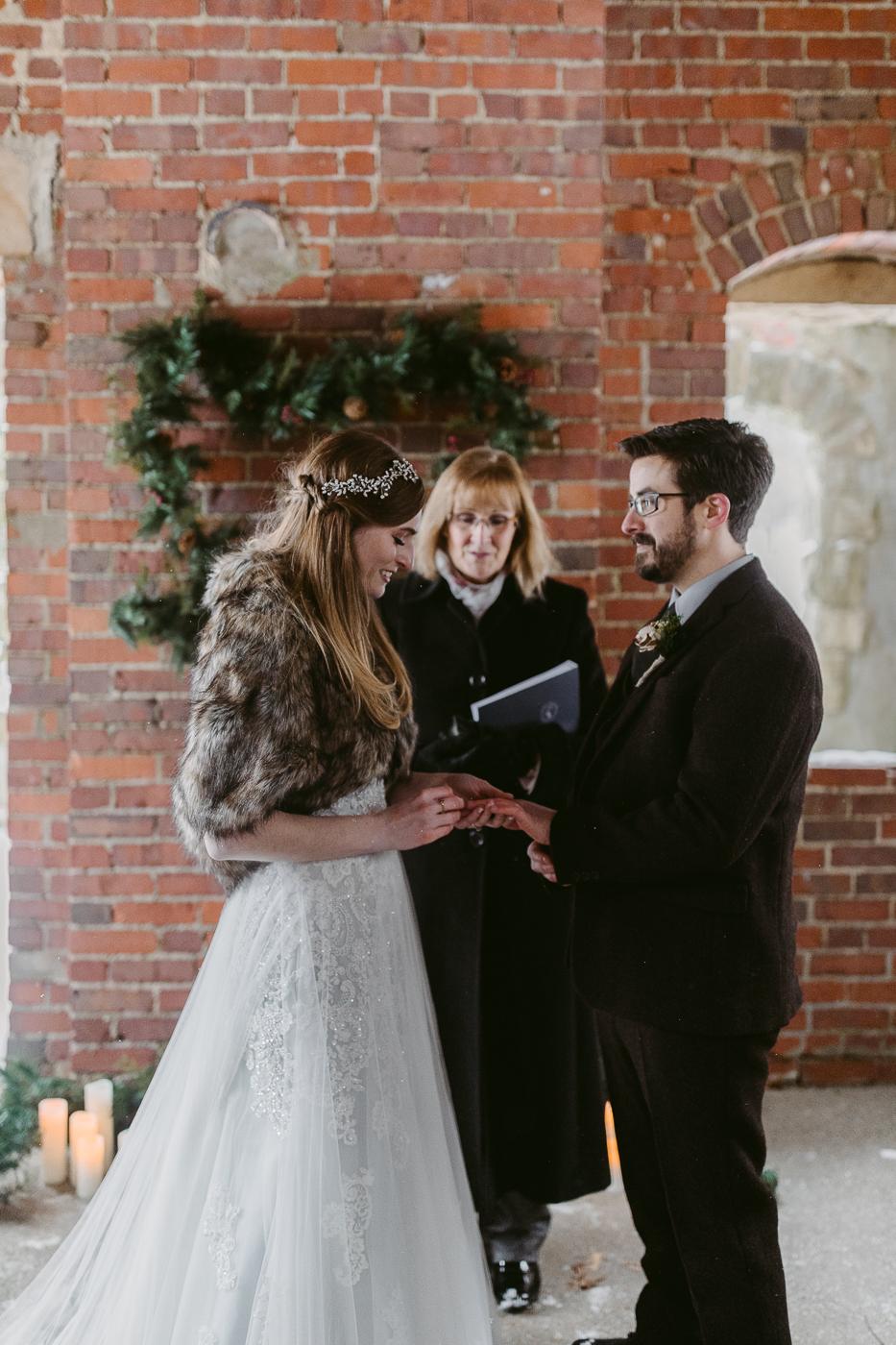 Squires-Castle-Winter-Wedding-34.jpg