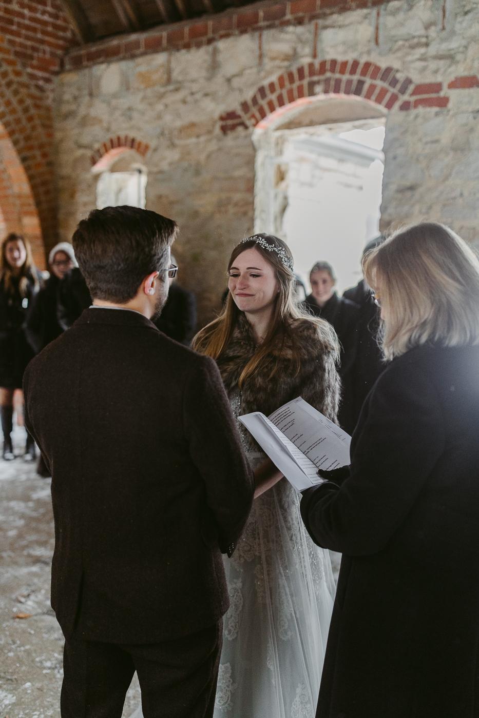 Squires-Castle-Winter-Wedding-32.jpg