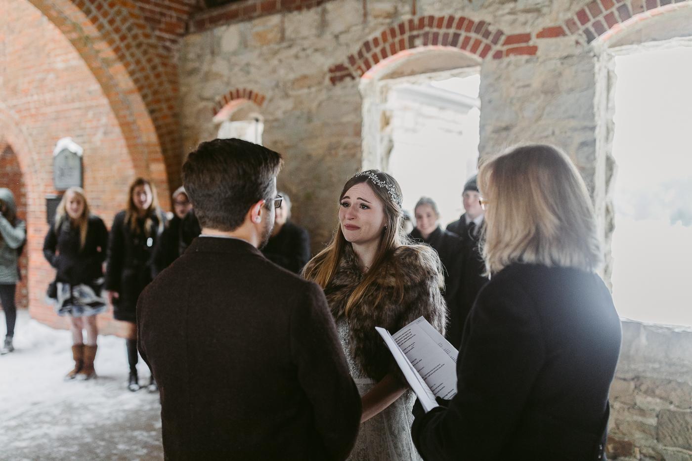 Squires-Castle-Winter-Wedding-31.jpg