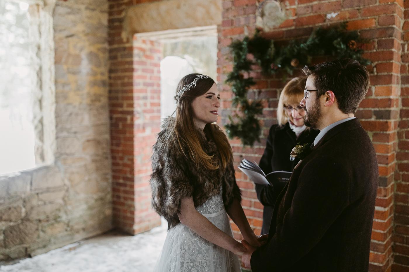 Squires-Castle-Winter-Wedding-27.jpg