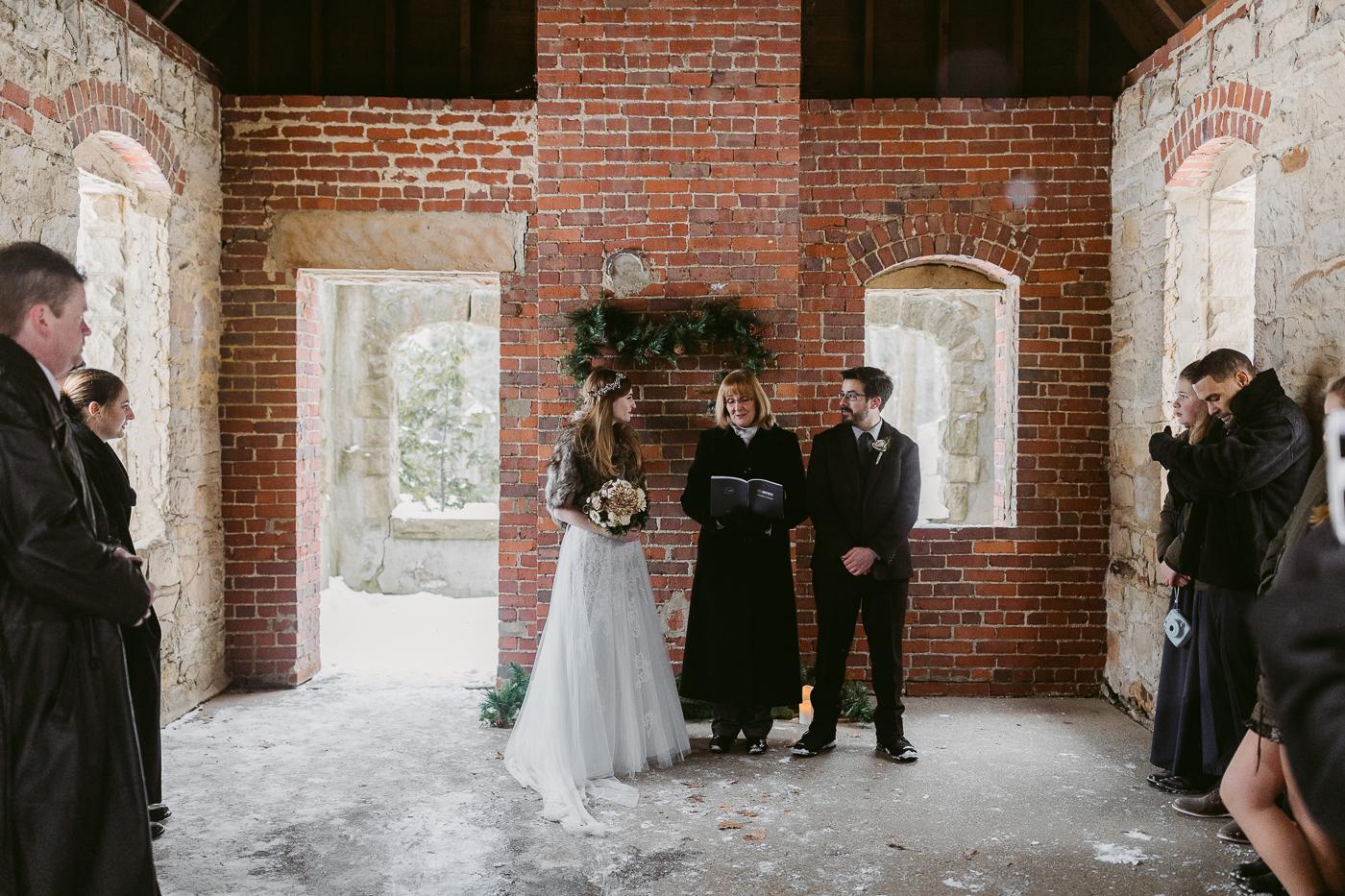 Squires-Castle-Winter-Wedding-23.jpg