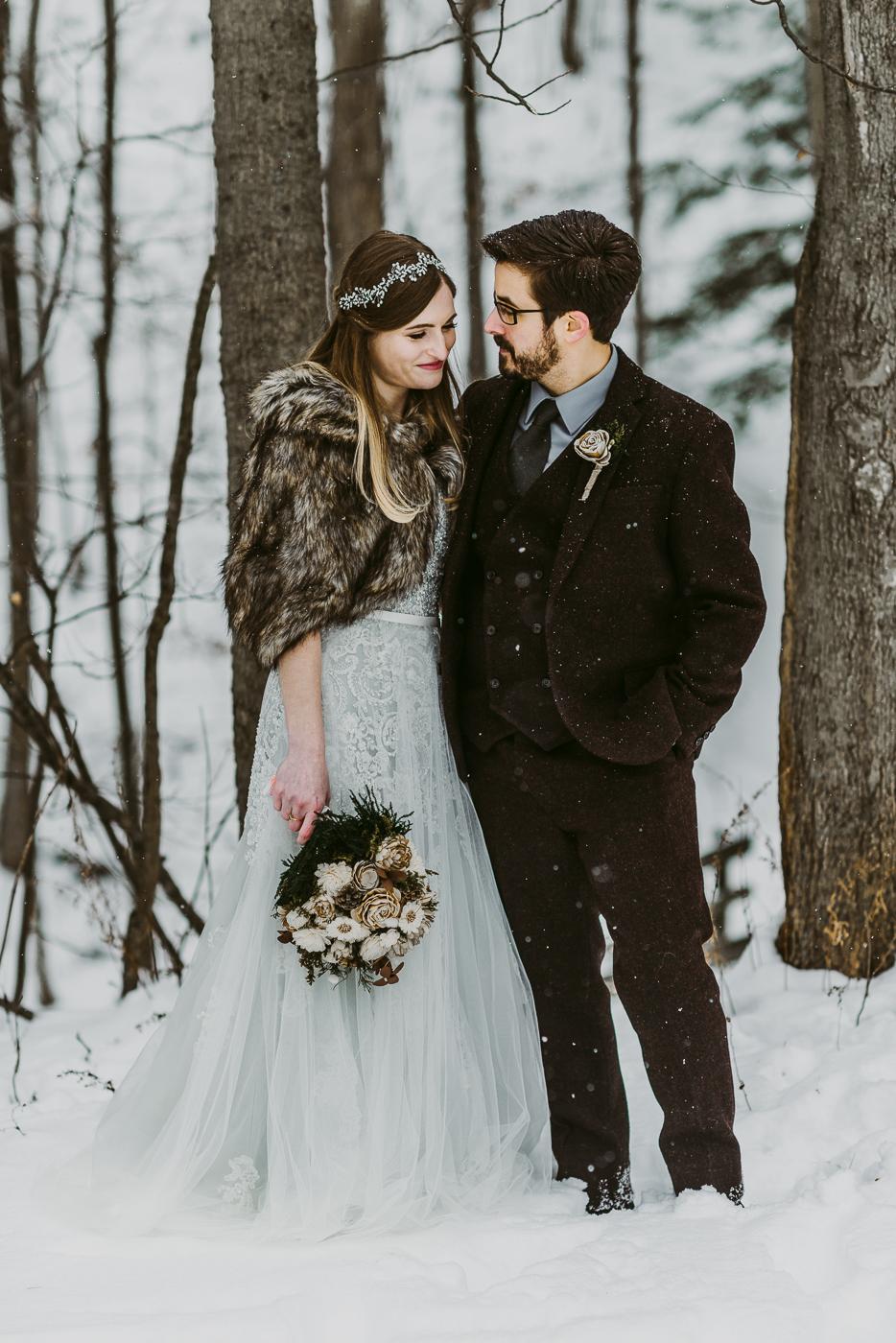 Squires-Castle-Winter-Wedding-19.jpg