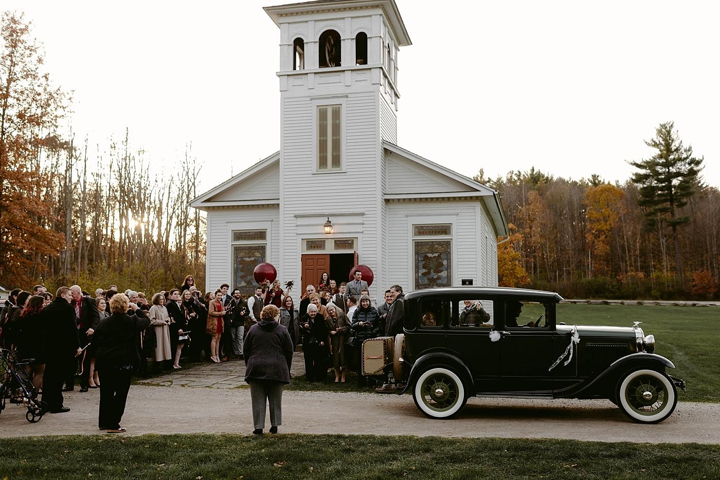 Cleveland-Vintage-Wedding-Kendel+Paul_MJPHOTO2017-585.jpg
