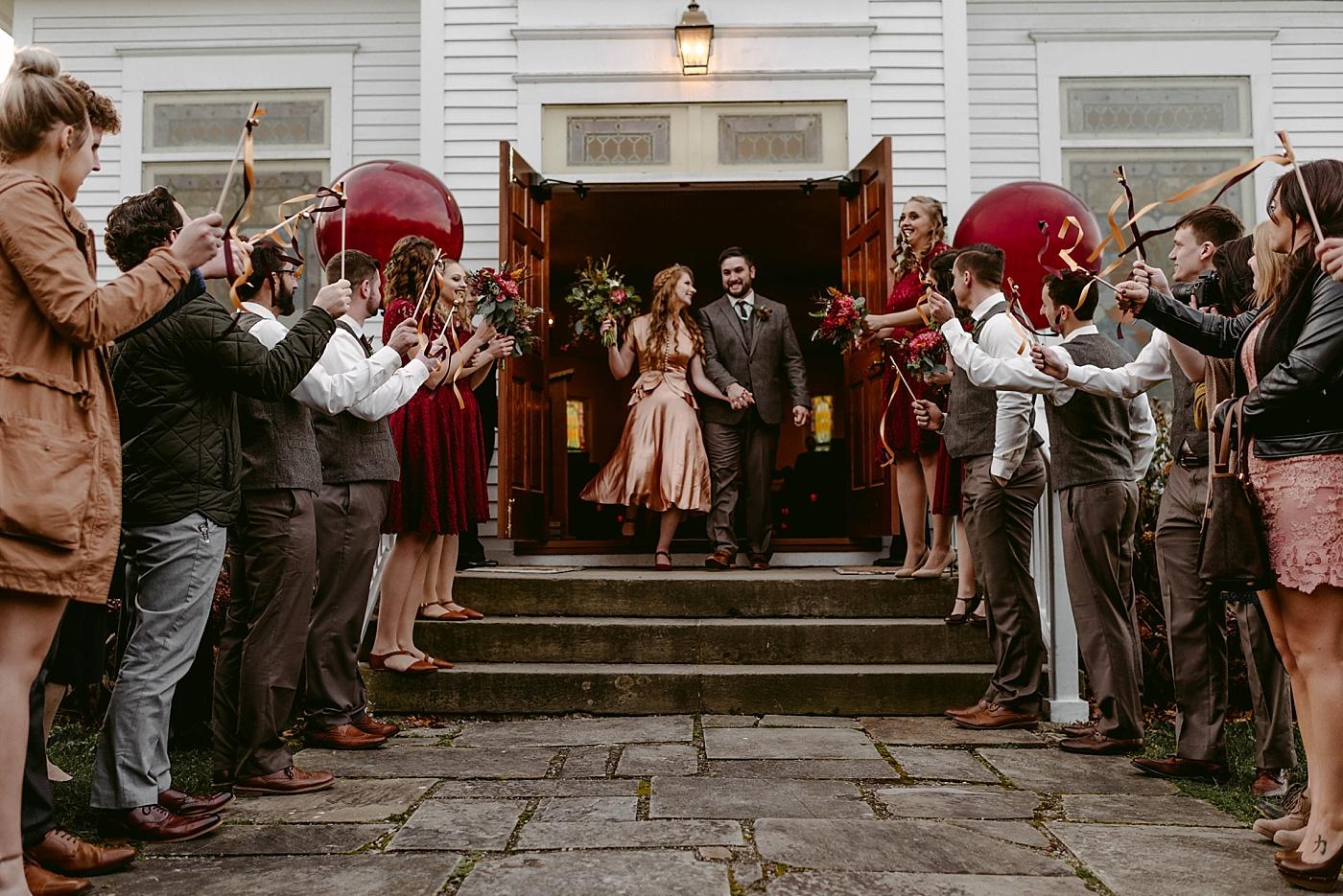 Cleveland-Vintage-Wedding-Kendel+Paul_MJPHOTO2017-575.jpg