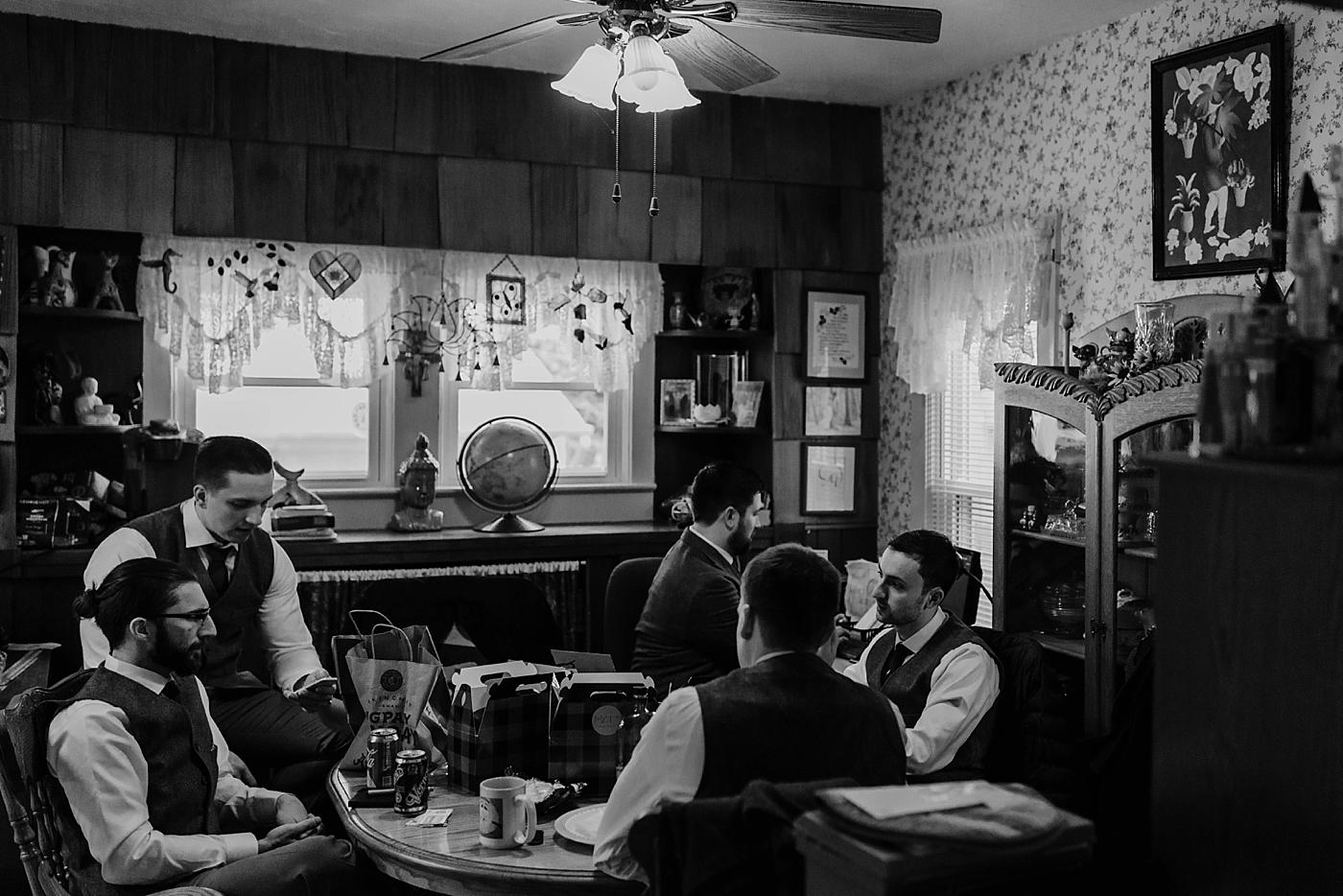 Cleveland-Vintage-Wedding-Kendel+Paul_MJPHOTO2017-12.jpg