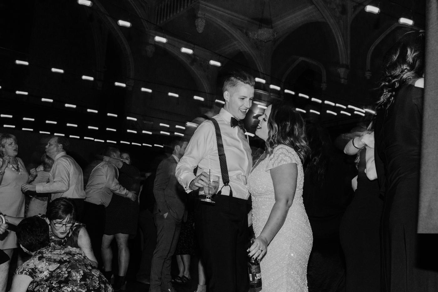Buffalo-Wedding-Babeville-NY-Courtney+Liz_MJPHOTO-923.jpg