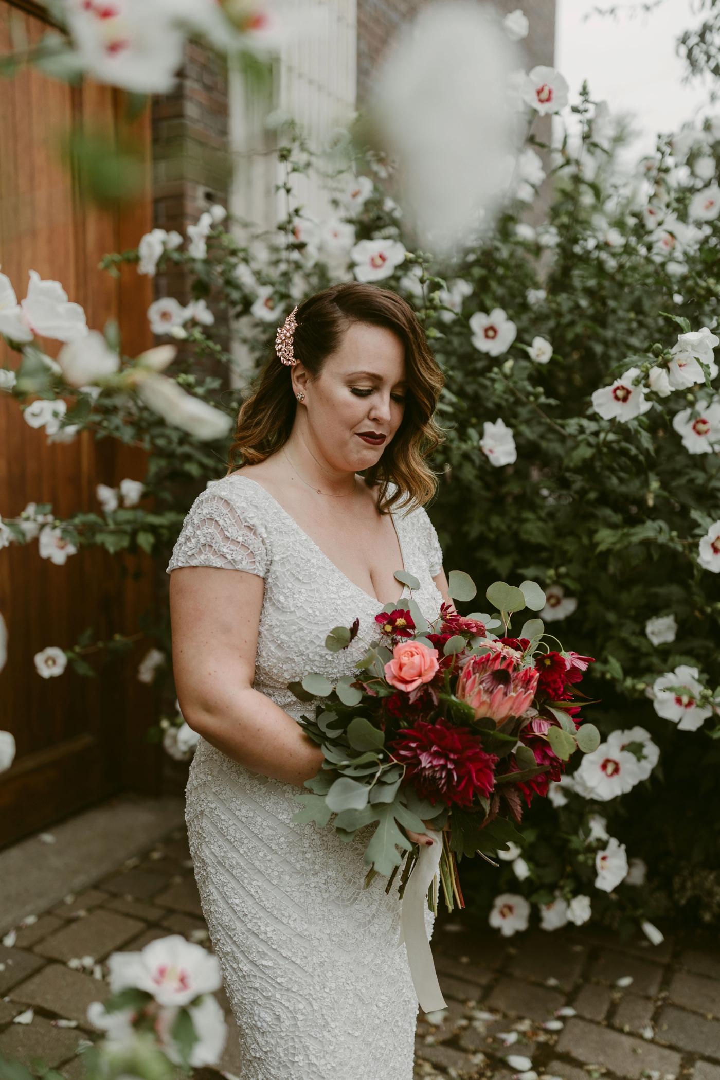 Buffalo-Wedding-Babeville-NY-Courtney+Liz_MJPHOTO-290.jpg