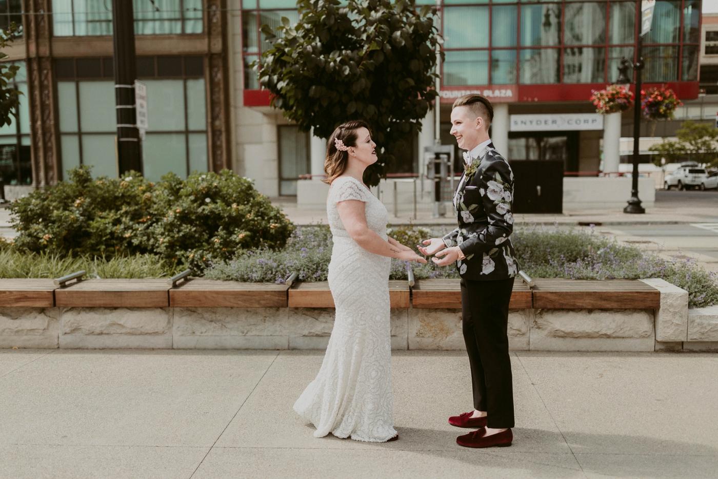 Buffalo-Wedding-Babeville-NY-Courtney+Liz_MJPHOTO-122.jpg