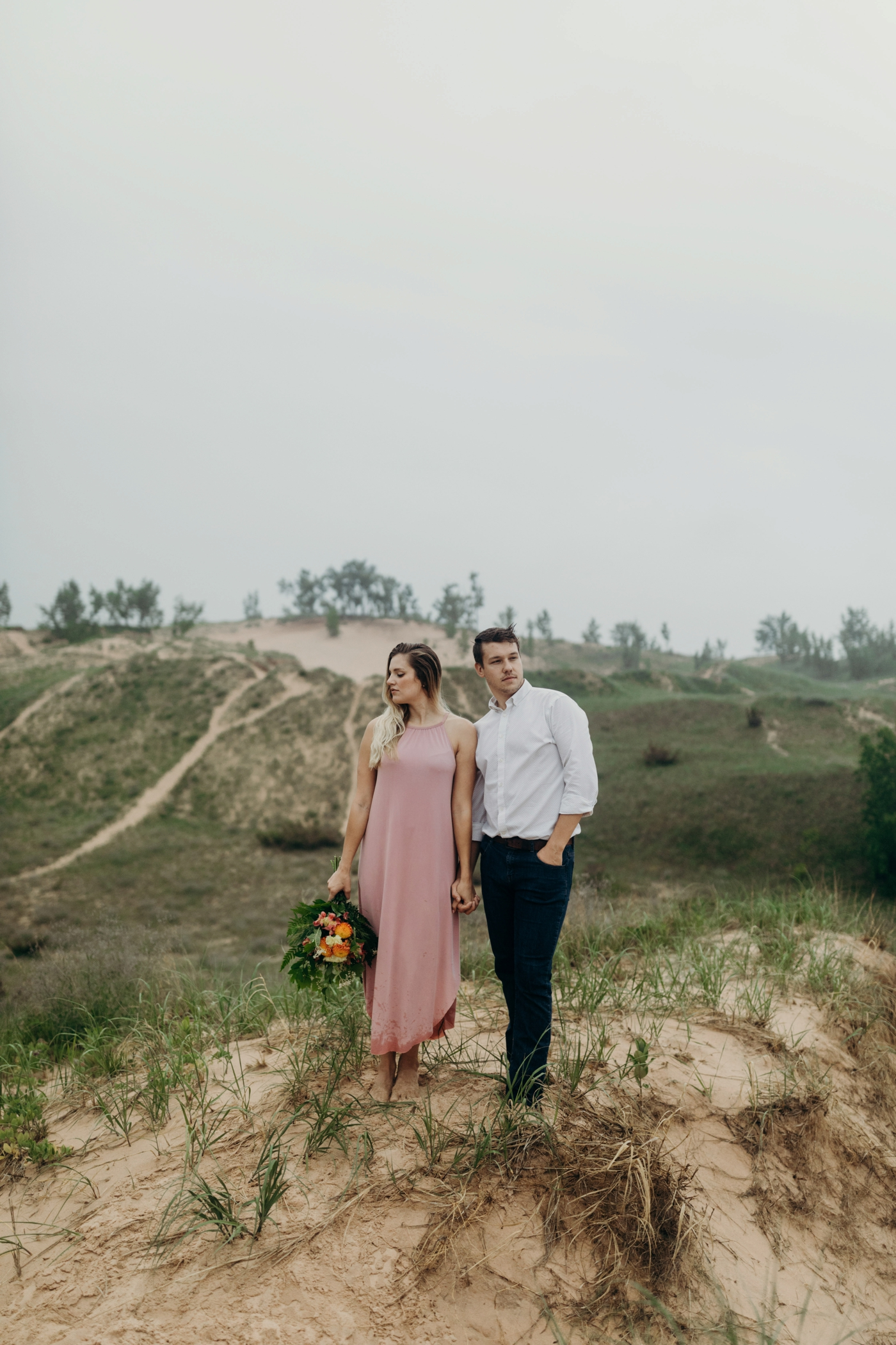Sleeping_Bear_Dunes_Couples_Adventure_Session_Adventure_Wedding_Photographer_Hiking_with_Heels_Brett+Emily-32.jpg