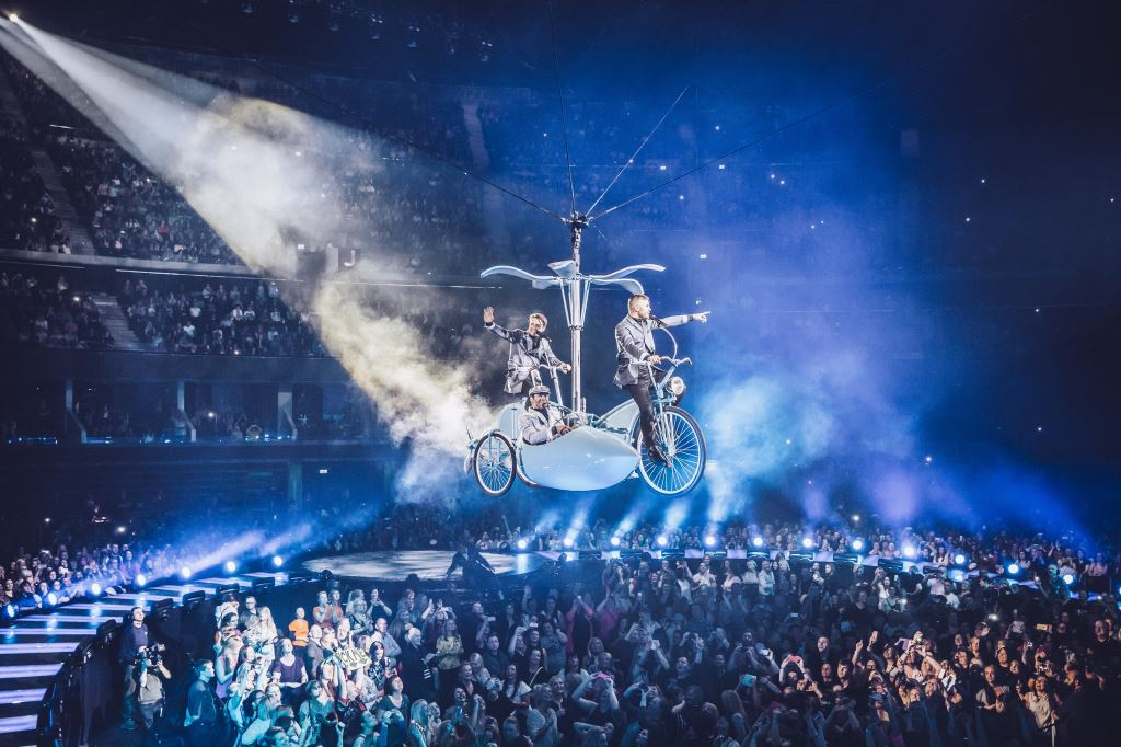 Copter-bike for Take That's 2015 Arena Tour