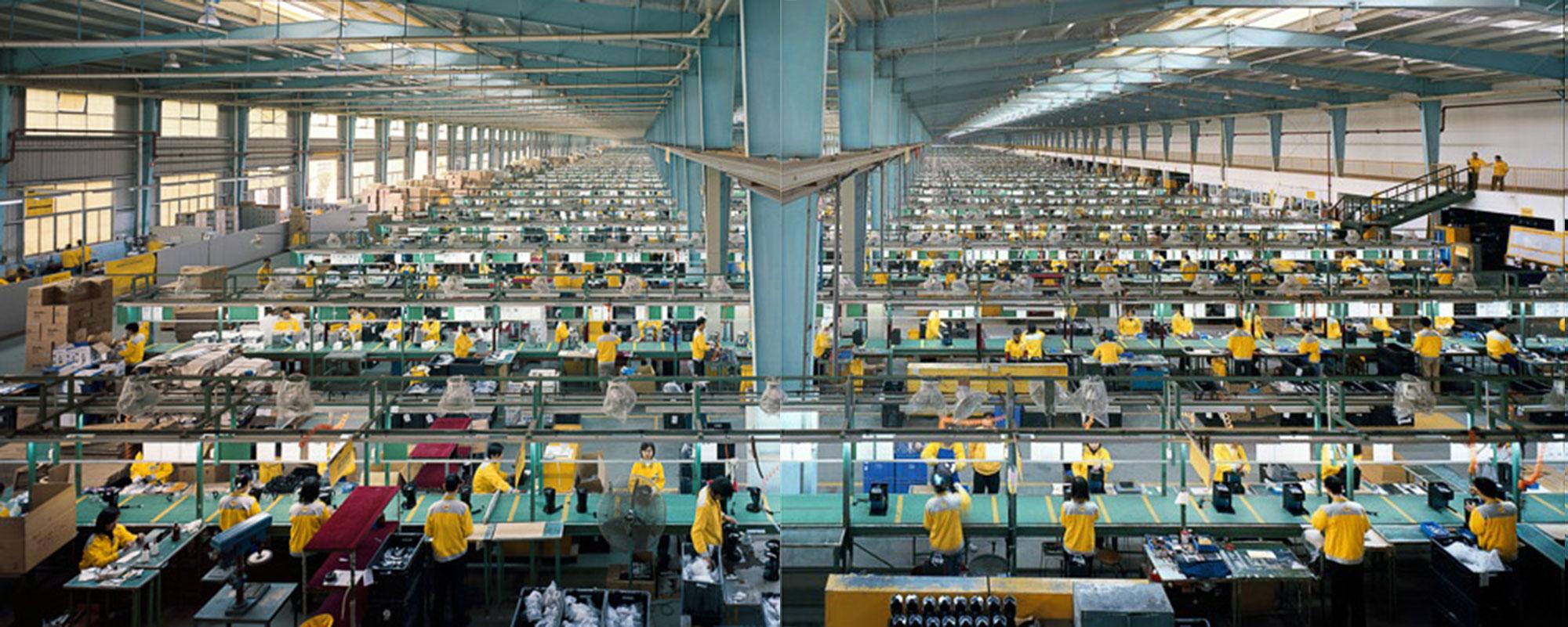 Cankun Factory, Xiamen City, China, 2005. Photo by Edward Burtynsky.
