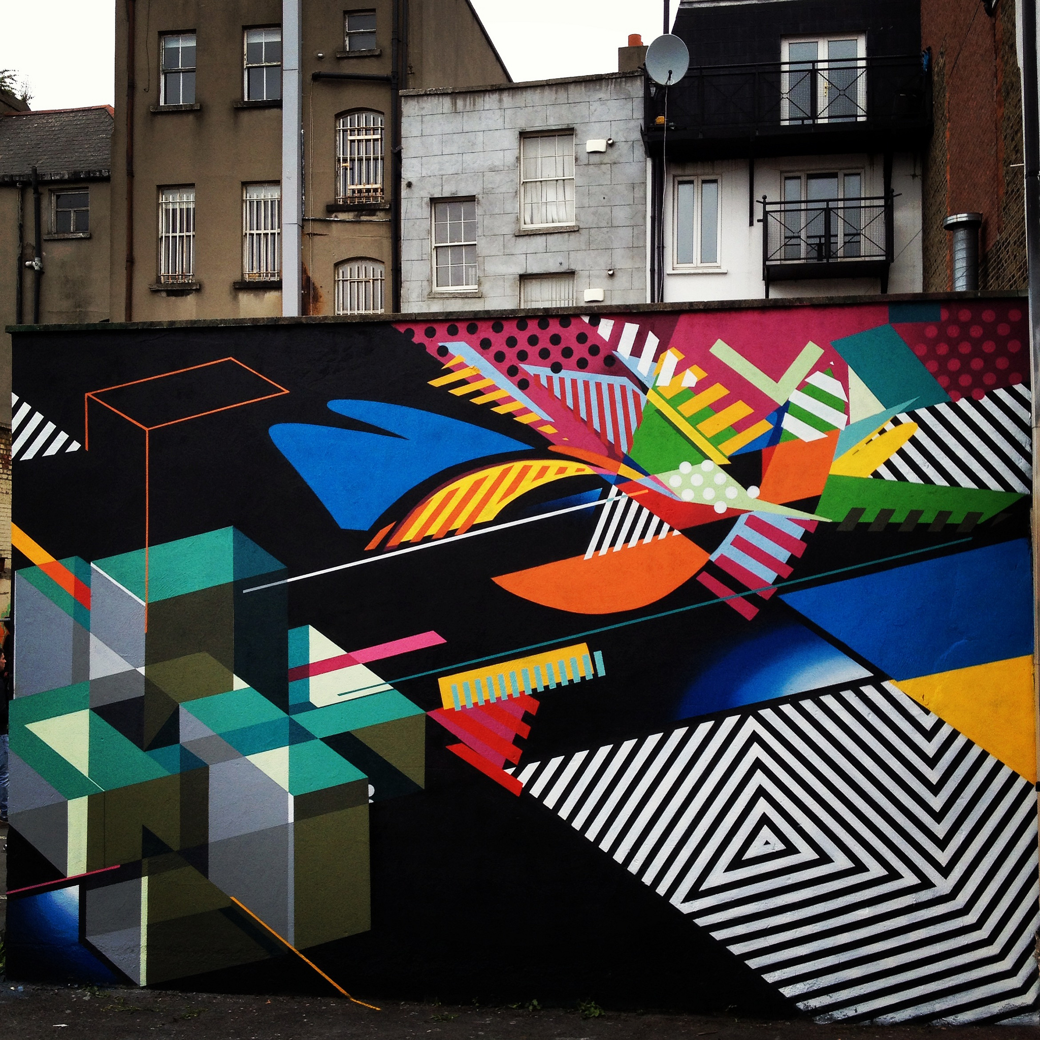 Street graffiti artwork by Sektwo and Maser Loves You, 2013.