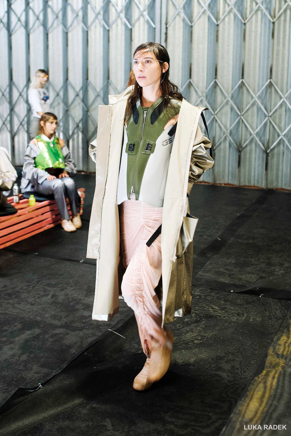 TIMOTHY-PRES-SS18-LOOKS1-WEB-copy_1000.png