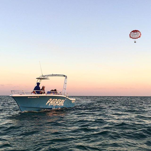 #parasailing #southbeachparasail #letitfly #miami #southbeach #yolo #bucketlist #miamibeach