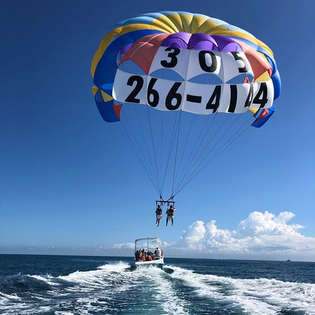 Happy Thanksgiving from South Beach Parasail. Beautiful weekend for parasailing forecasted. Come out and have a truly unique Miami experience. #miamibeach #miami #parasailing #southbeach #bucketlist #florida #floridawinter