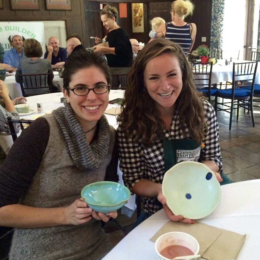 Jamie and Ellie show off their beautiful new bowls!